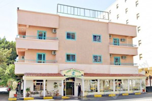 TRITON EMPIRE INN 2*