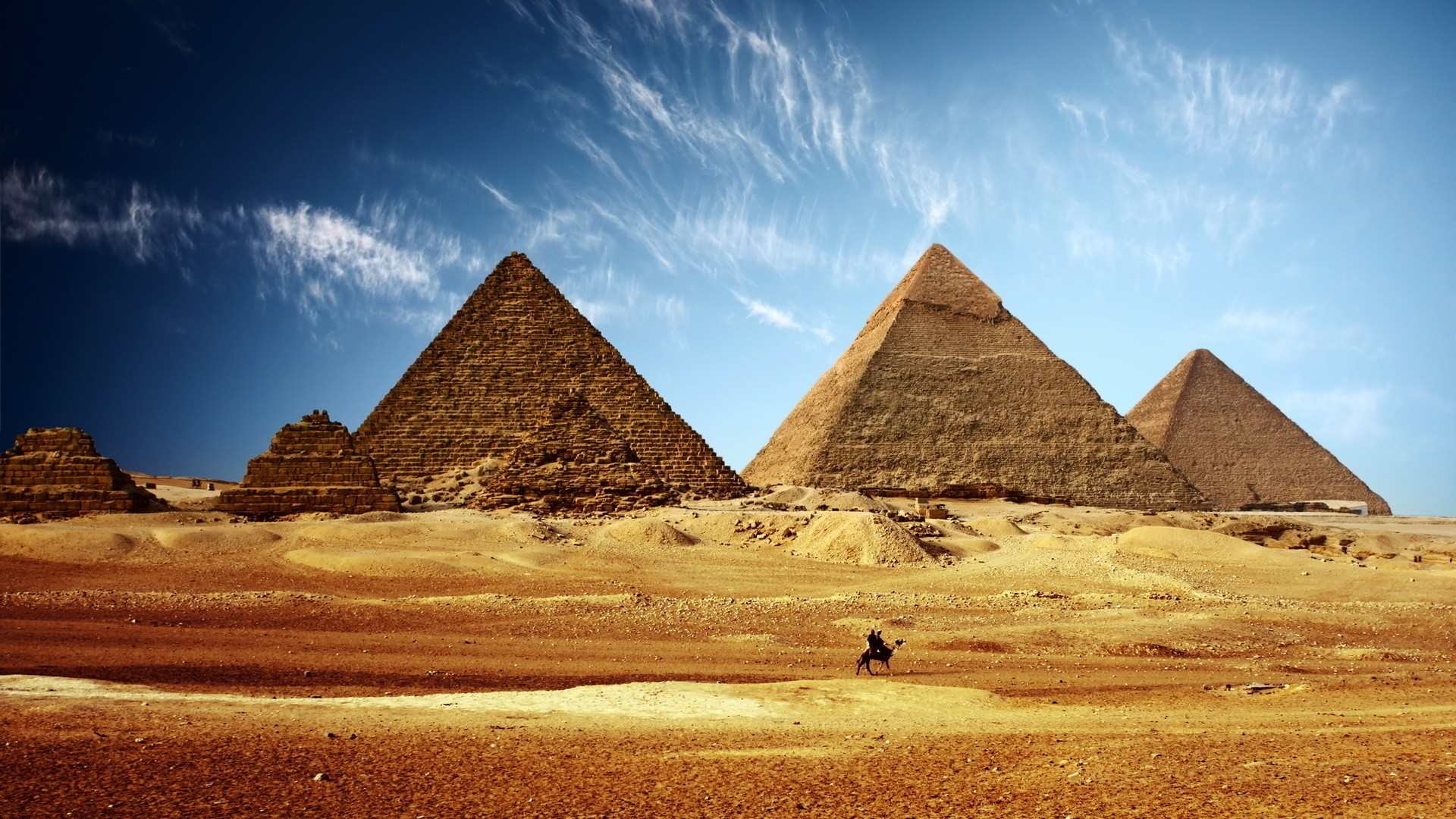 the history of the great pyramid of giza in ancient egypt